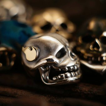 Phase Objects Custom -Scull with fire- bead