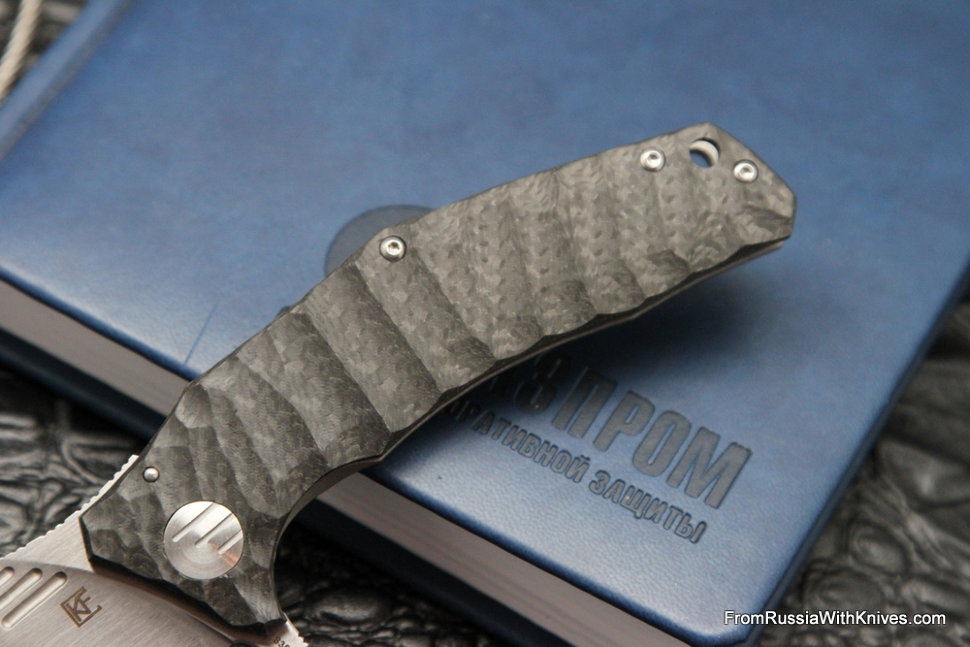 DISCONTINUED - Morrf-3 Knife (Evgeny Muan design, S35VN, bearings, CF+Ti)