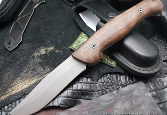 Varyag knife (95Х18, wood)